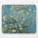 Ramas con el flor de la almendra de Vincent van Go Alfombrilla De Ratón