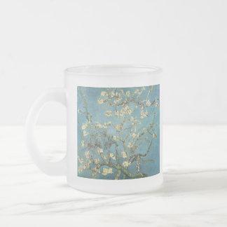 Ramas con el flor de la almendra de Vincent van Go Taza