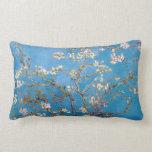 Ramas con el flor Van Gogh de la almendra Cojin