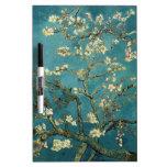 Ramas de la almendra de Van Gogh en la floración Pizarras Blancas