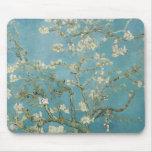 Ramas de Vincent van Gogh del árbol de almendra Tapetes De Ratón