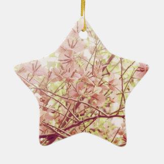 Ramas florales en colores pastel suaves ornamentos de navidad