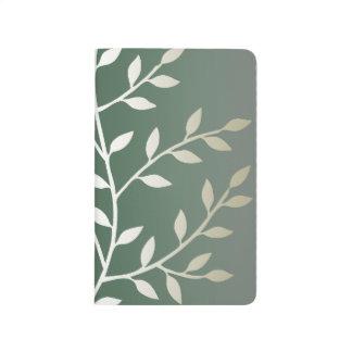 Ramas frondosas elegantes verdes claras y de plata cuadernos