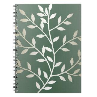 Ramas frondosas elegantes verdes claras y de plata libro de apuntes con espiral