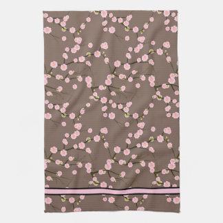 Ramas rosadas largas de la flor de cerezo en de co toalla