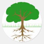 Ramas y raíces de árbol pegatina redonda