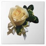 Ramillete del rosa blanco tejas  ceramicas