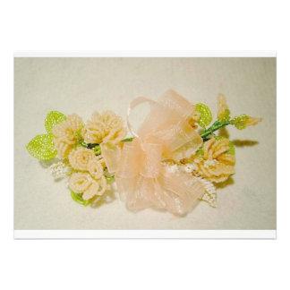 Ramillete moldeado floral en rosas del melocotón