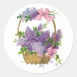 Ramo antiguo de la flor de las lilas púrpuras del etiquetas redondas