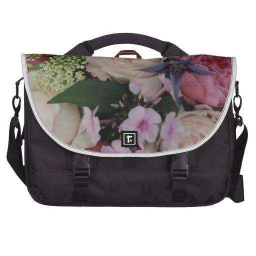 Ramo color de rosa bolsas de ordenador