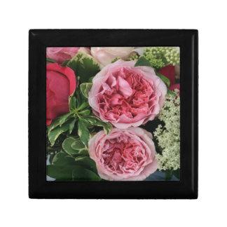 Ramo color de rosa caja de joyas