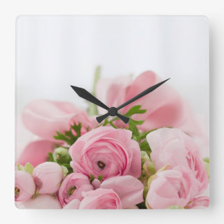 Ramo color de rosa hermoso reloj