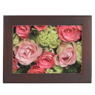 ramo color de rosa rosado por Therosegarden Caja De Recuerdos