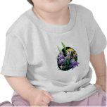 Ramo con los iris japoneses camisetas