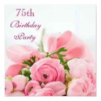 """Ramo de 75.o cumpleaños de los rosas rosados invitación 5.25"""" x 5.25"""""""