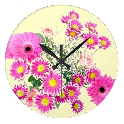 Ramo de flores rosadas reloj