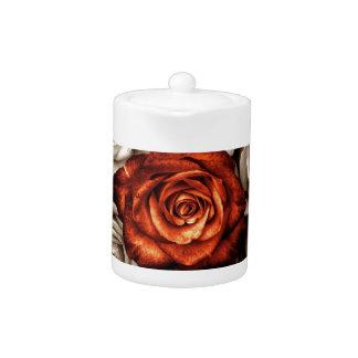 Ramo de rosas blancos y rojos