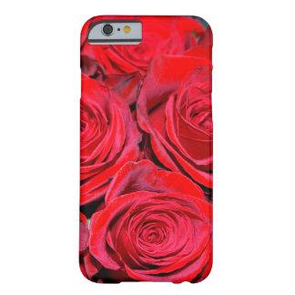 Ramo del rosa rojo funda para iPhone 6 barely there