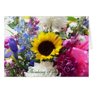¡Ramo floral que piensa en usted! Tarjeta De Felicitación