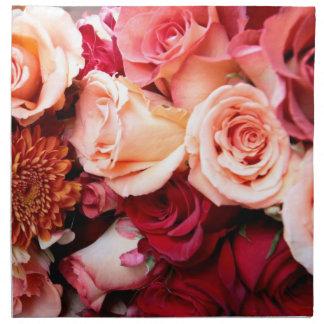Ramo rosado de los rosas servilletas de papel