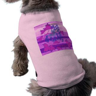 Ramo rosado y púrpura de la flor de las rayas camisas de perritos