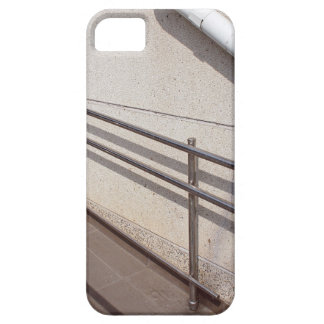Ramp for physically challenged iPhone SE/5/5s case