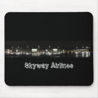 Rampa de Skyway - Milwaukee, líneas aéreas de Skyw Tapetes De Ratón