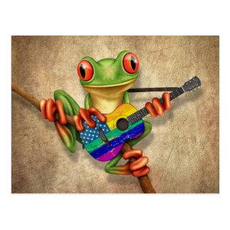 Rana arbórea que toca la guitarra americana del tarjeta postal