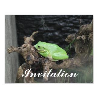 """Rana arbórea verde invitación 4.25"""" x 5.5"""""""