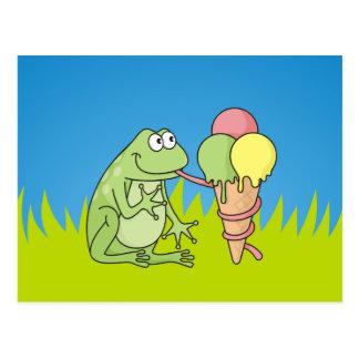 Rana con helado tarjeta postal