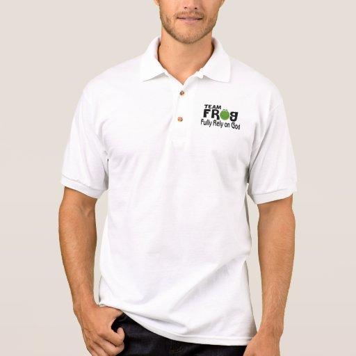 Rana del equipo (confíe completamente en dios) camisetas