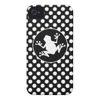 Rana en lunares blancos y negros Case-Mate iPhone 4 funda