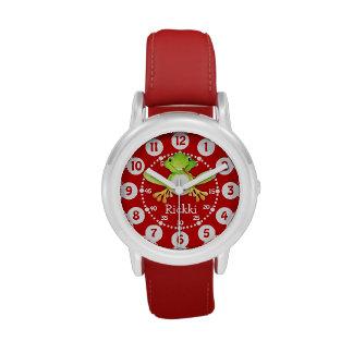 Rana linda de los niños y reloj rojo conocido