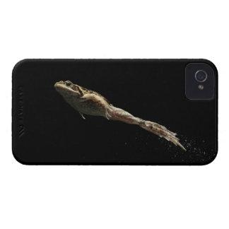 rana que salta de hierba verde fresca iPhone 4 Case-Mate cobertura