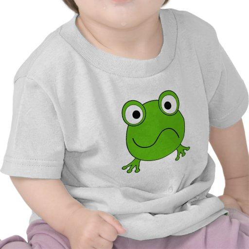 Rana verde. El parecer confundido Camisetas