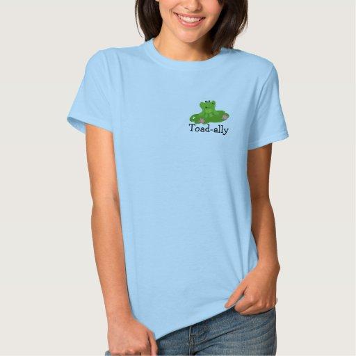 Rana verde fresca con decir remera
