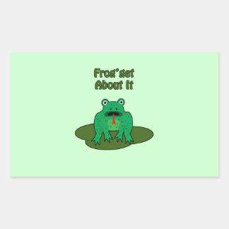 Rana verde - la rana consigue sobre ella rectangular altavoz