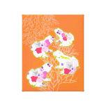 Ranas en fondo anaranjado en colores pastel impresion en lona
