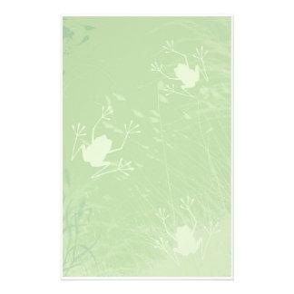 Ranas en los efectos de escritorio de la hierba papelería de diseño