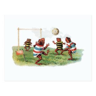 Ranas que juegan a fútbol tarjeta postal