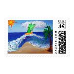 Raphael del ángel que practica surf en ondas de la franqueo