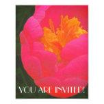 Rapsodia floral en rojo y amarillo invitación 10,8 x 13,9 cm