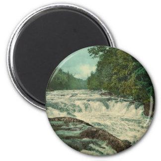 Raquette cae en el río de Raquette Imán Redondo 5 Cm
