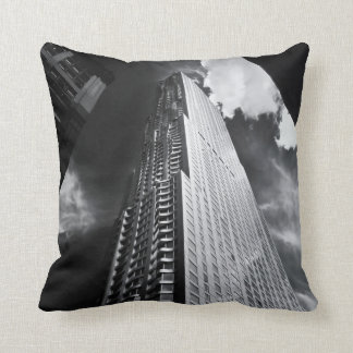 Rascacielos de New York City en blanco y negro Cojines