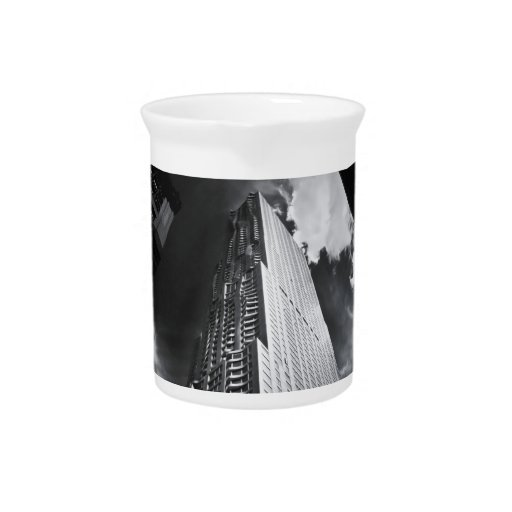 Rascacielos de New York City en blanco y negro Jarra De Beber