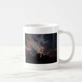 Rascacielos de New York City en la puesta del sol Taza De Café