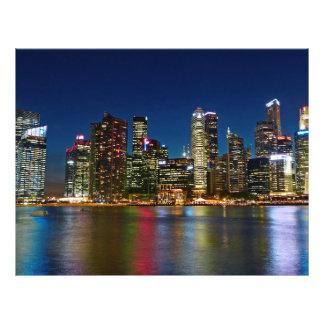 Rascacielos de Singapur en la noche Tarjetas Publicitarias