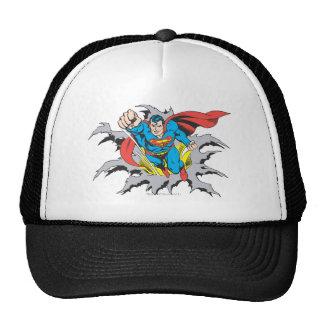 Rasgones del superhombre a través gorra