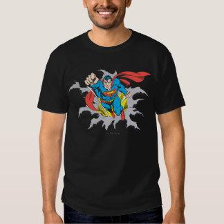 Rasgones del superhombre a través remera
