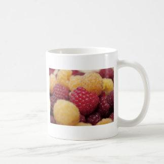 raspberries-796 coffee mug